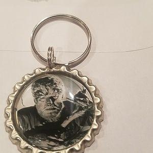 10/$40♥️New horror wolfman keychain